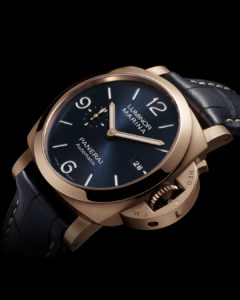 PAM1112 Close Up Front Panerai watches and wonders