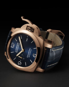 PAM1112 Side View Panerai watches and wonders