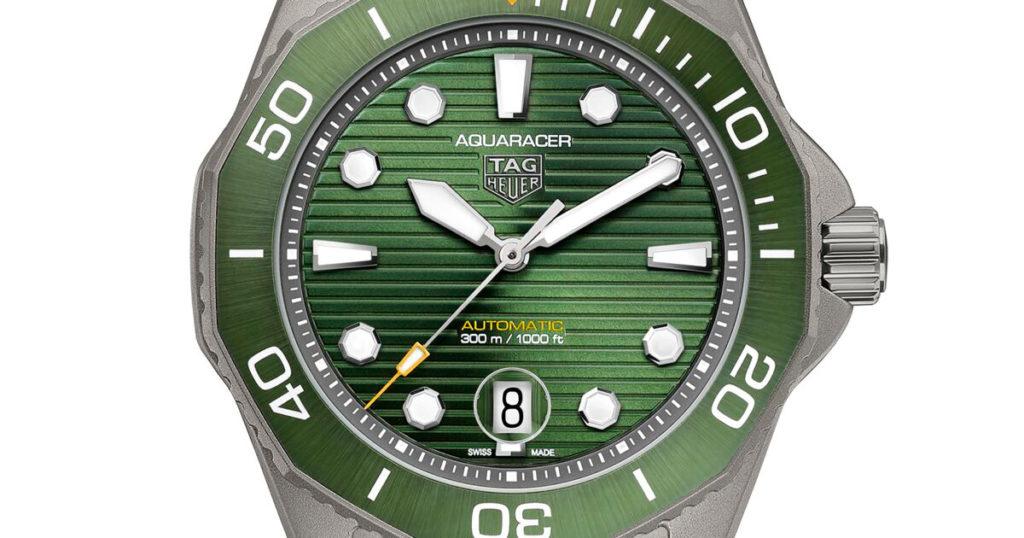 Green dial TAG Heuer Aquaracer