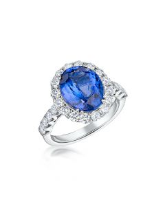 18ct White Gold 4.70ct Tanzanite and Diamond Ring