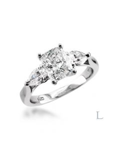 Plat 0.70ct 3 stone. Front
